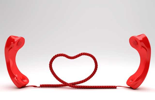 4 Idee creative per rendere più piccante una relazione a distanza